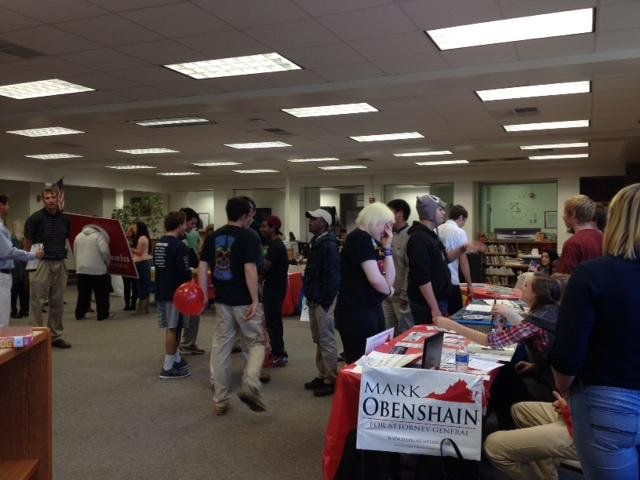 Students Participate in AHS Mock Election
