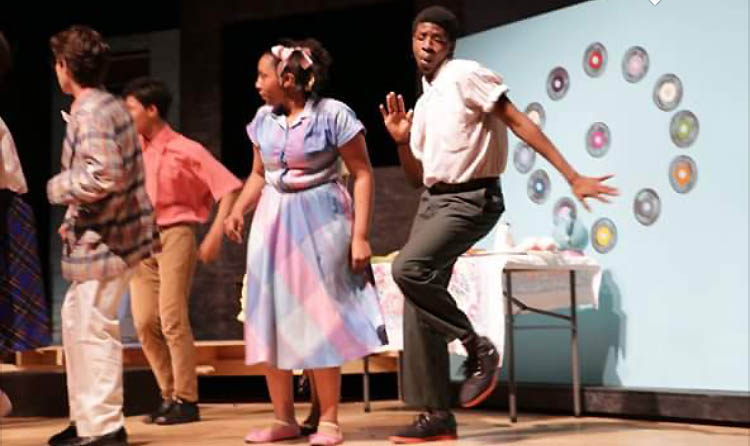 Little Inez (Sophomore Ricara Harris) and Gillbert (Sam Major) Dance at the record store.